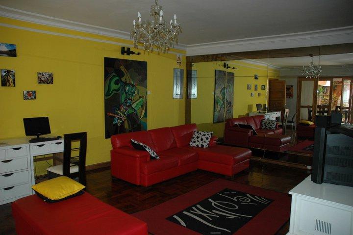 Hostel HQ Villa - internet, TV, DVD