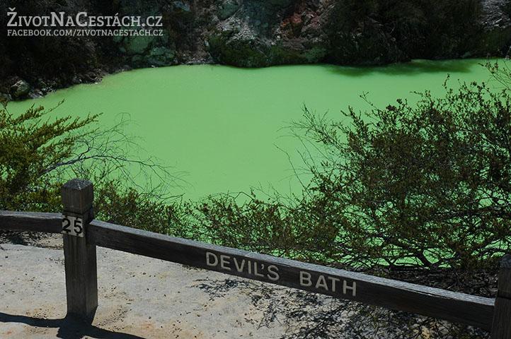 Wai-O-Tapu - Devil's Bath