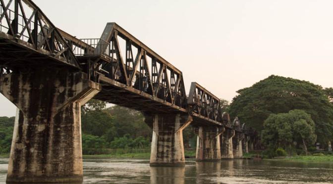 Most přes řeku Kwai, Kanchanaburi, Thajsko