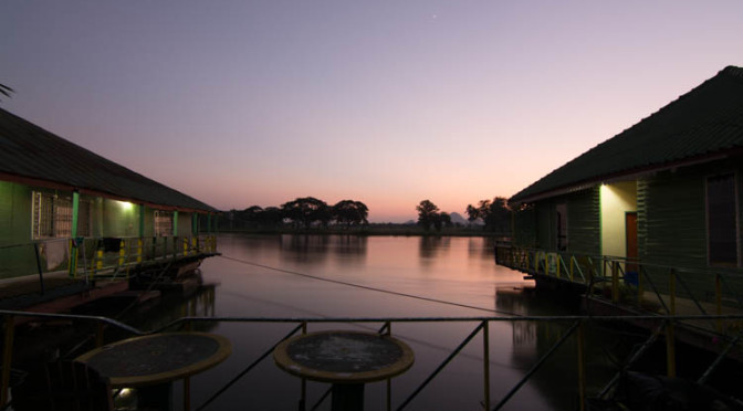 Sam's River Rafthouse, Kanchanaburi, Thajsko