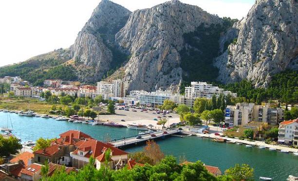 Omiš – město plné přírodních skvostů a netradičních zajímavostí, Chorvatsko