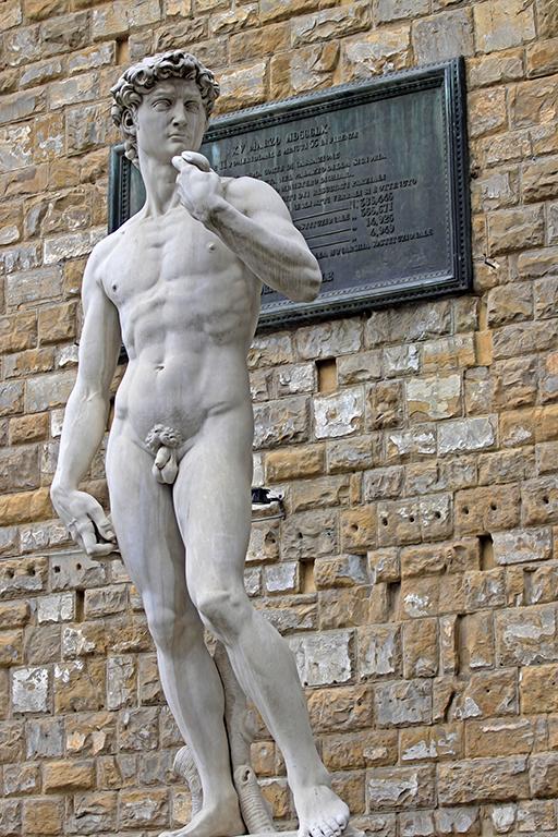 Socha Davida od Michelangela na náměstí Piazza della Signoria, Florencie, Itálie