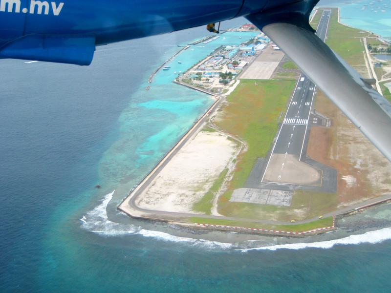 Mezinárodní letiště Male, Maledivy.