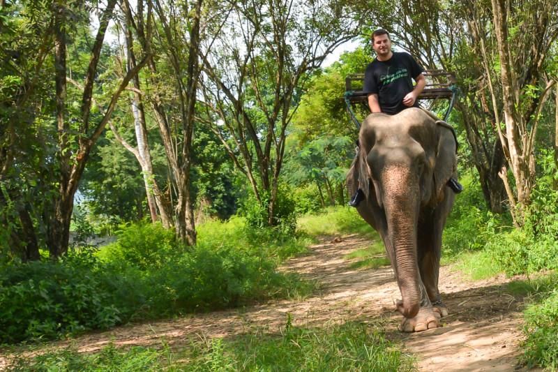 Jízda na slonovi, WangPo Elephant Camp, Kanchanaburi.