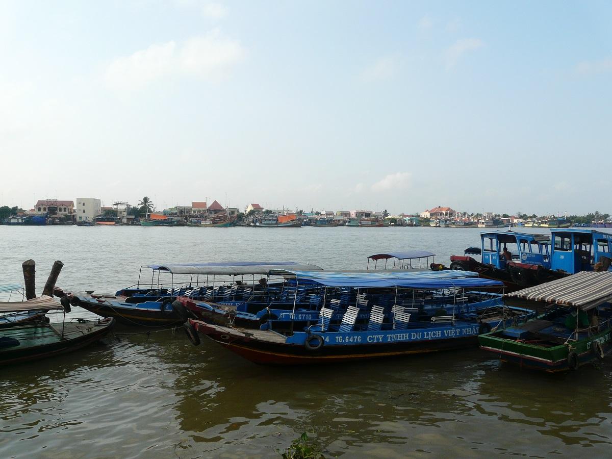 Přístaviště nejen výletních lodí, My Tho, Vietnam