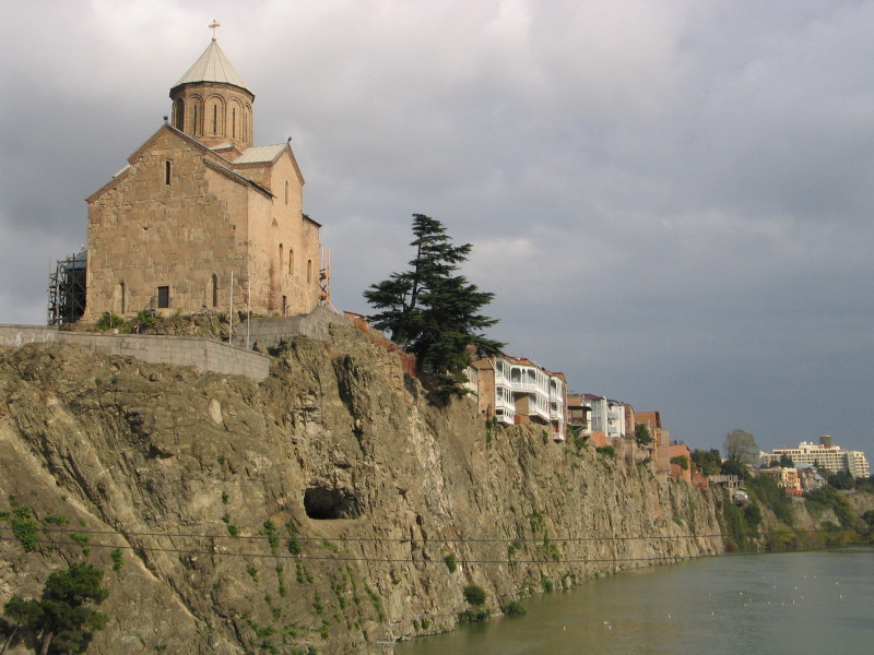 Kostel Metekhi, Tbilisi.