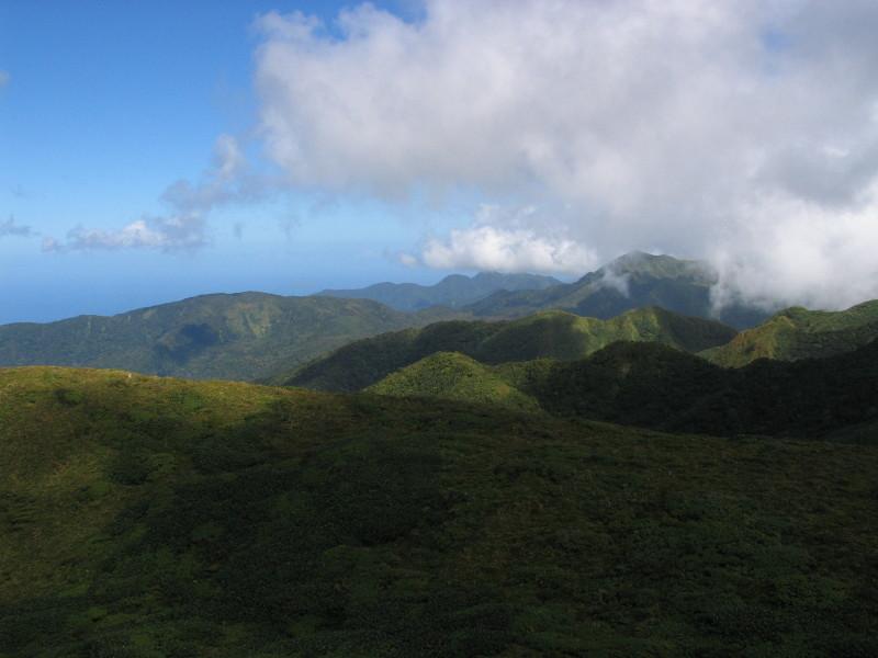 NP Guadeloupe, cestou na nejvyšší bod ostrova, sopku Le Soufriére.