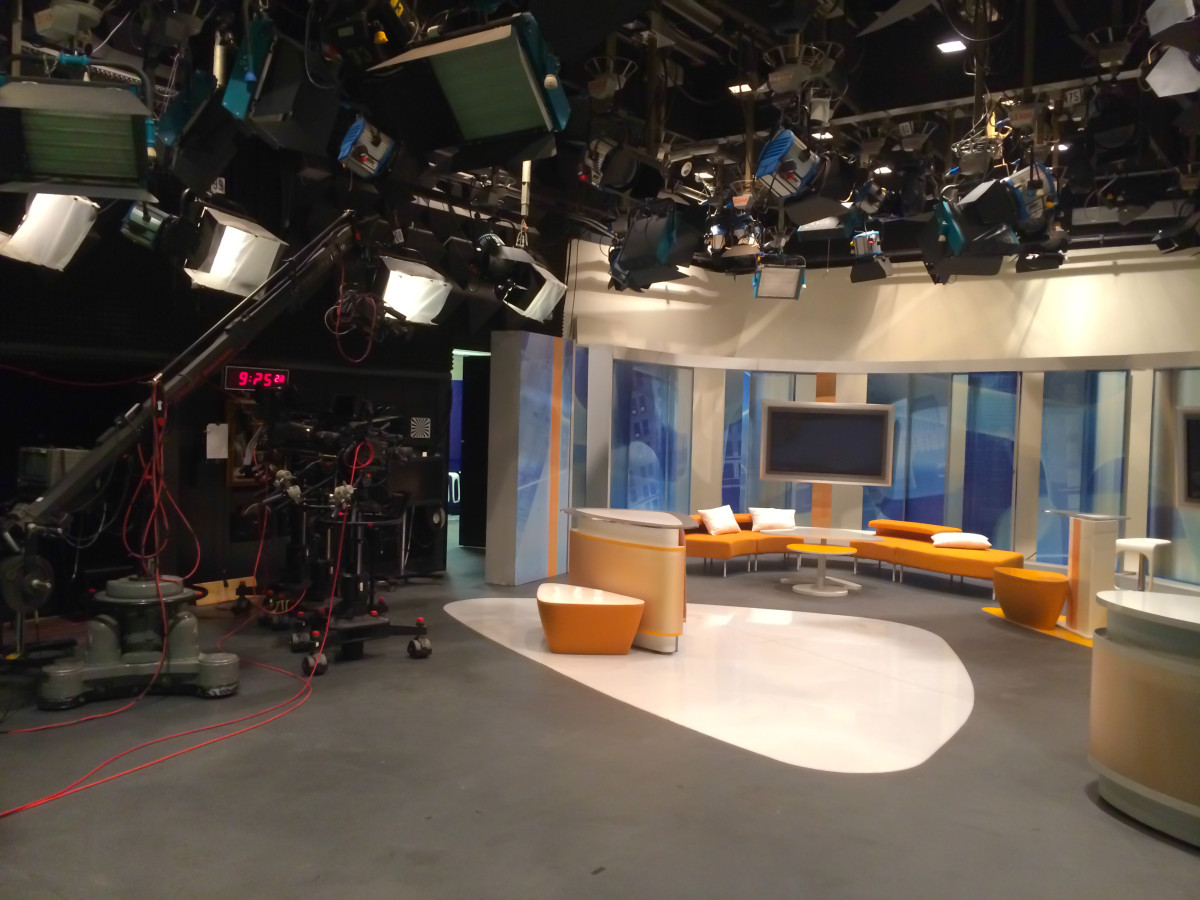 Pohled do studia pořadu Dobré ráno v České televizi Ostrava tak, jak ho v TV nejspíš neuvidíte.
