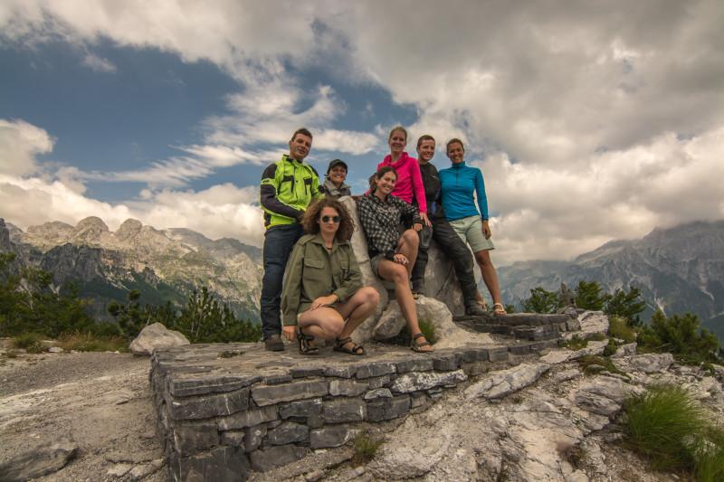 Ve vrcholcích národního parku v Albánii jsme potkali motorkáře, kteří jak jsme později zjistili byli z Břeclavi a z Brna.