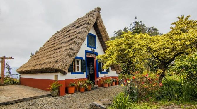 Pastevecké domečky, Santana, Madeira