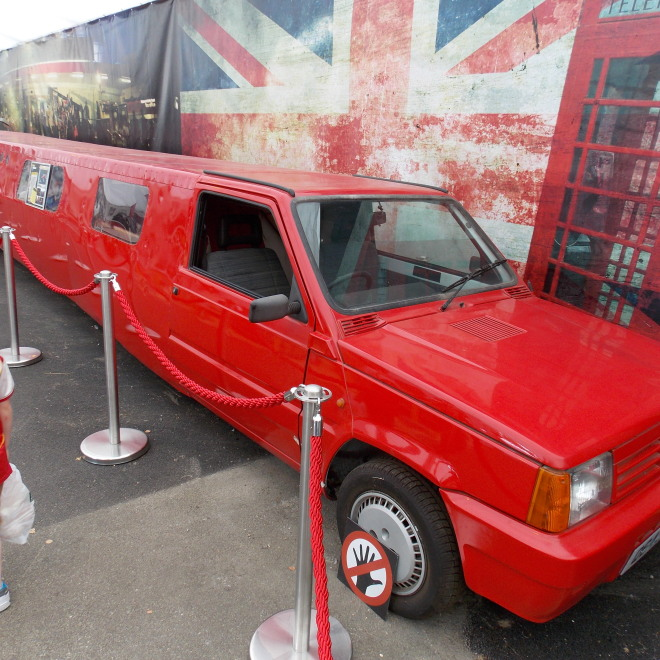 Fiat Panda z dílu, kde stavěli limuzíny z levných vozů
