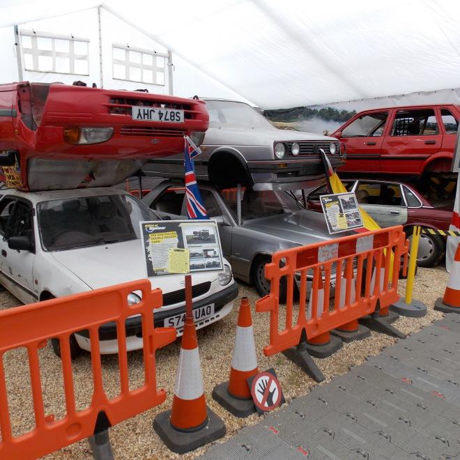 Dvoupatrové vozy z dílu, kde proti sobě soupeřili moderátoři známých motoristických pořadů