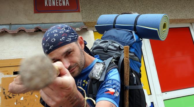 Petr Hirsch na pěší cestě kolem světa