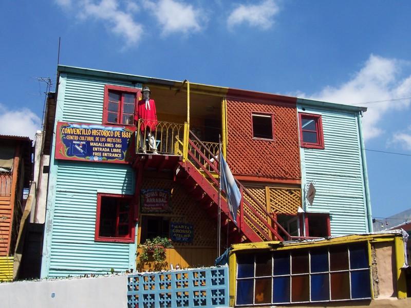 Pestré barvy ve čtvrti La Boca, Buenos Aires