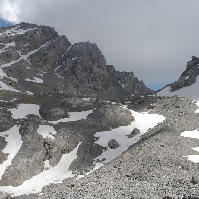hory nad Arslanbobem, Ferganský hřeben, Kyrgyzstán