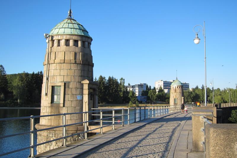 Vodní nádrž Mšeno (též Jablonecká přehrada)