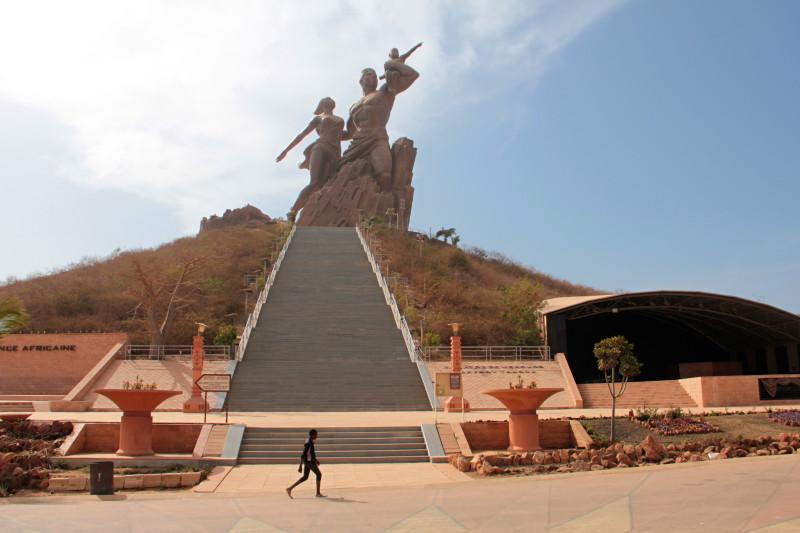 Monument znovuzrození Afriky, Dakar