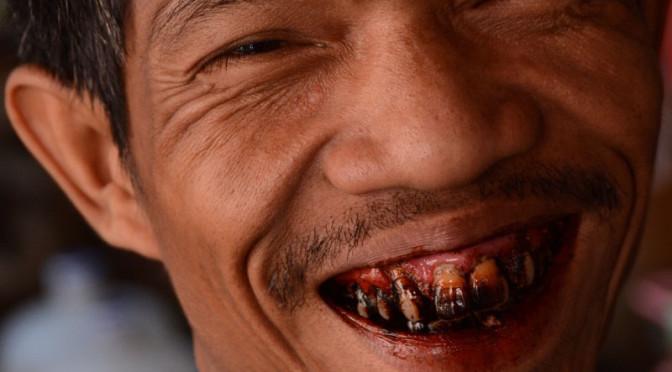 Zbetelený v Barmě aneb čtvrtá nejužívanější droga světa na vlastní kůži