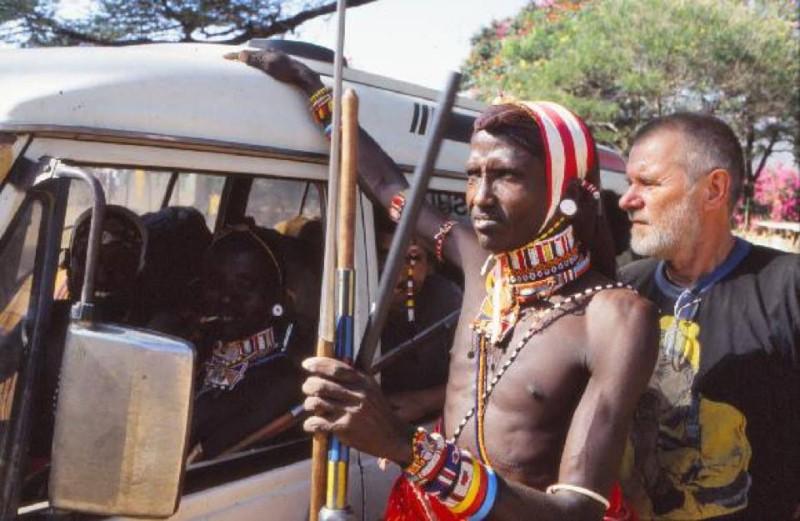 Jaromír Štětina - foto z Keni, kde vozil stopaře, příslušníky kmene Samburu