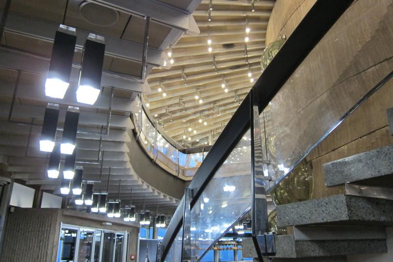 Osvětlení v prostoru schodiště