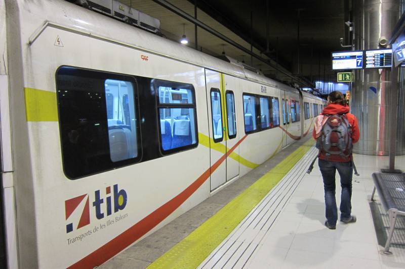 Vlak z Palmy směr Inca - Manacor