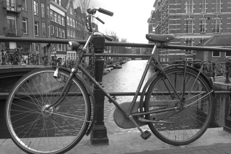 """""""Oldschool style"""" - typ kola, který často v Amsterdamu potkáte"""