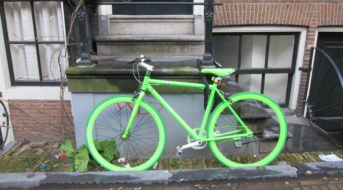 Amsterdam a kolo – dopravní prostředek i životní styl