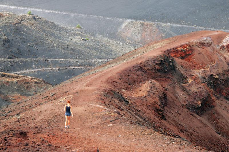 Procházka sopečnou krajinou ostrova La Palma.