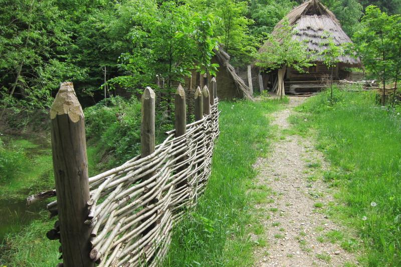 Volně přístupná osada Křivolík
