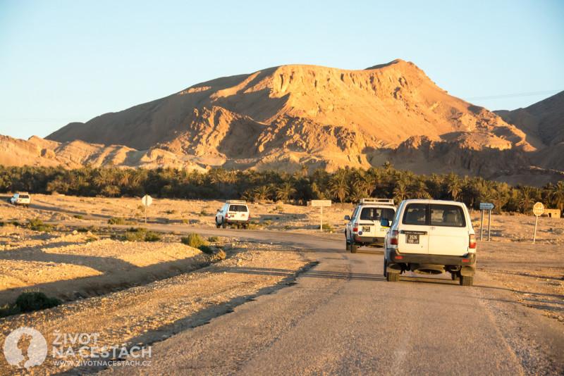 Fotoreport z cesty napříč Tuniskem – Na cestě do horské oázy Chebika.