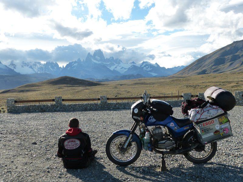 Výhled na Fitz Roy – nejvyšší horu patagonských And, Patagonie.