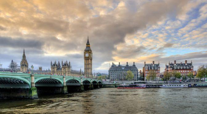 Bez léků v Londýně aneb Nejrychlejší pošta do Anglie