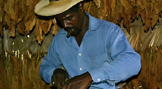 To nejdůležitější o doutnících, co musíte vědět před cestou na Kubu