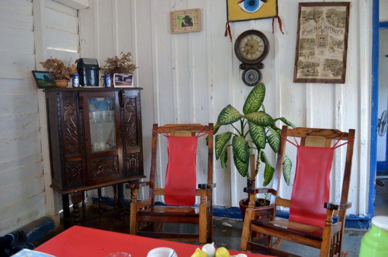 Odpolední čaj u farmáře v obýváku