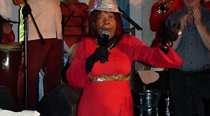 Milujete jazz? Navštivte aspoň jednou v životě Buena Vista Social Club! Havana, Kuba