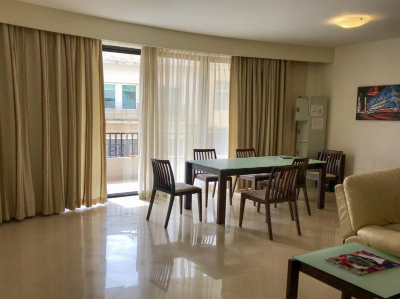 Ubytování ve sdílených školních apartmánech nás velmi mile překvapilo.