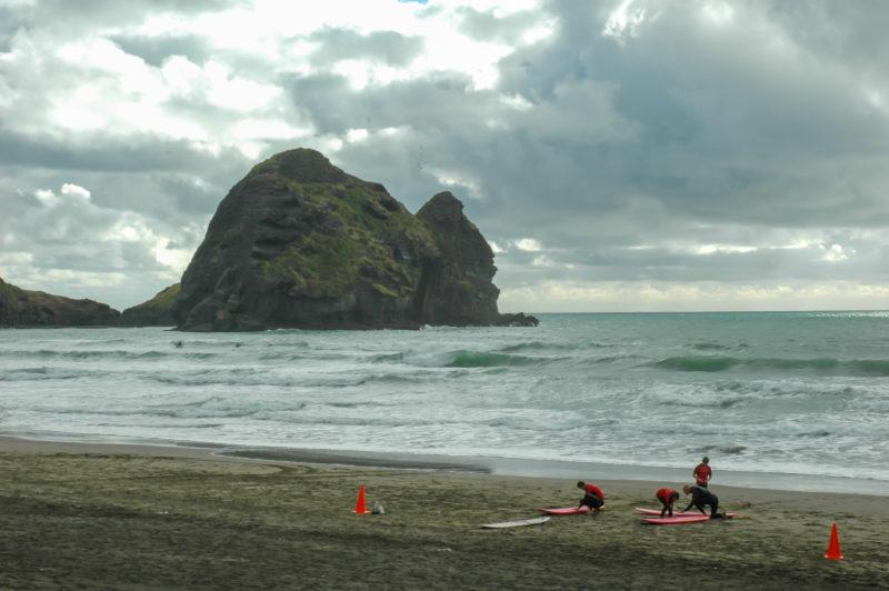 Piha Beach na Novém Zélandu