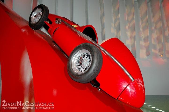Ferrari 555 F1, Ferrari World, Abú Dhabí