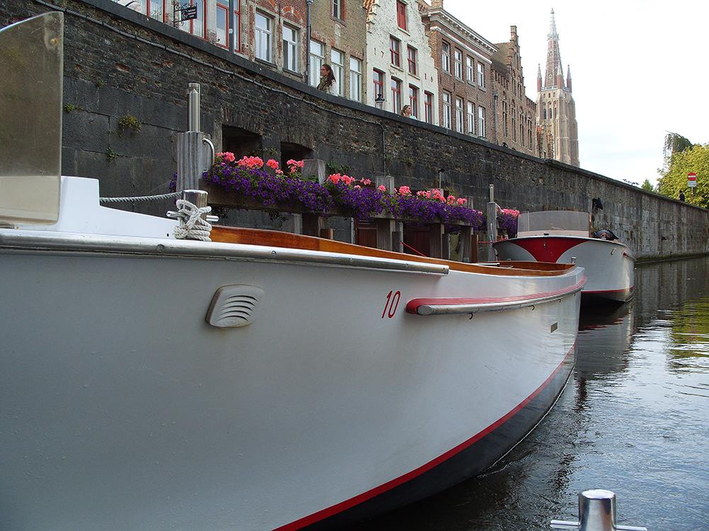 Vodní kanál v Bruggách, Belgie