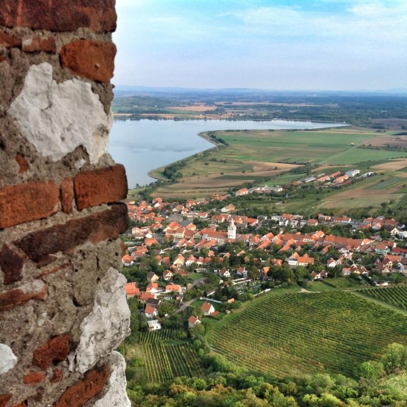 Pohled z hradu Děvičky