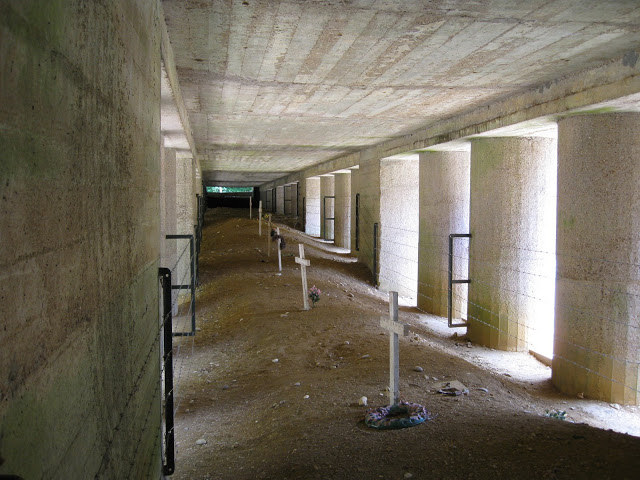 Bajonetový zákop, Verdun