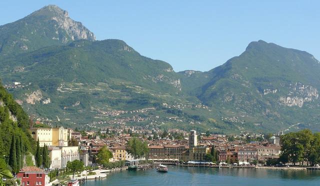 Jezero Lago di Garda a jeho okolí