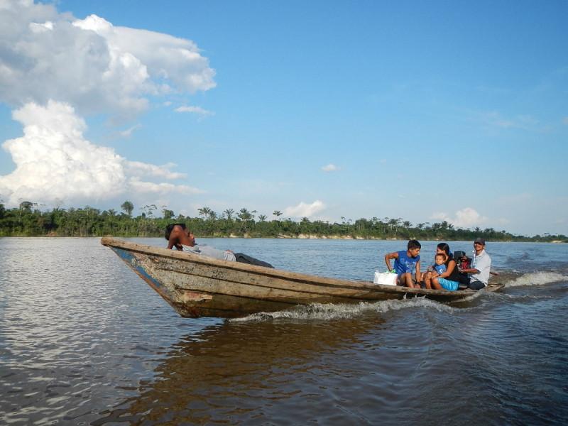 Plavba na lodi po řece Amazonas, Peru