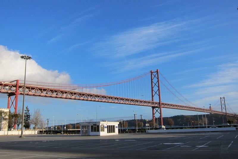 Most 25. dubna, Lisabon