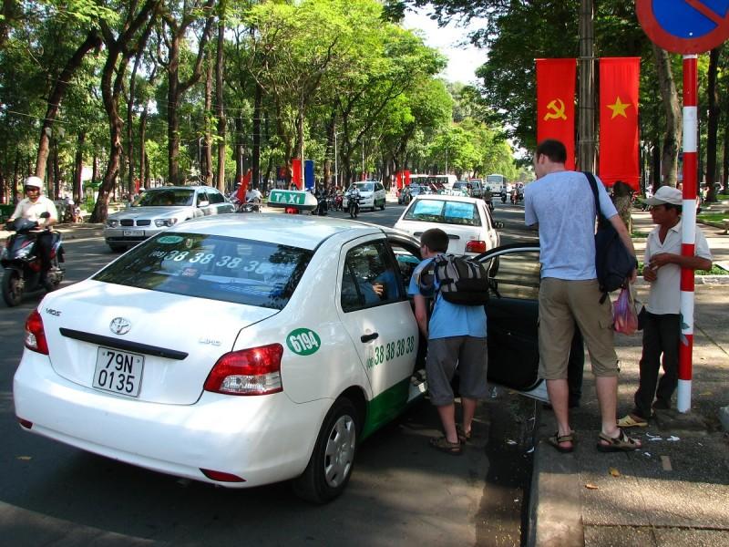 Taxi - domlouvání cíle cesty a ceny