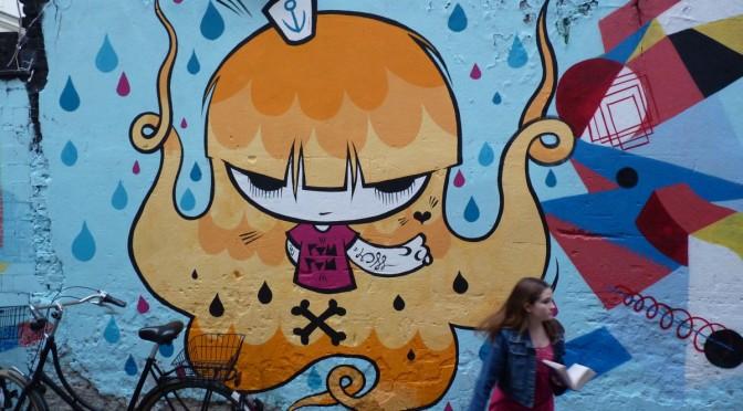 Hackescher Markt – graffiti – Berlín