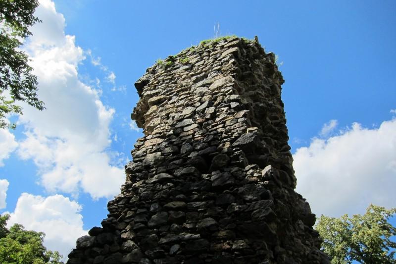 Trosky hradu Rabštejnek