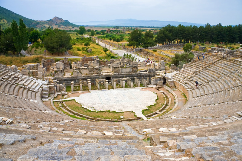 BS_EFES_Roman-theater-in-legendary-Ephesus