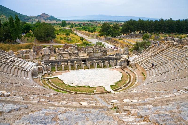 BS_EFES_Roman-theater-in-legendary-Ephesus