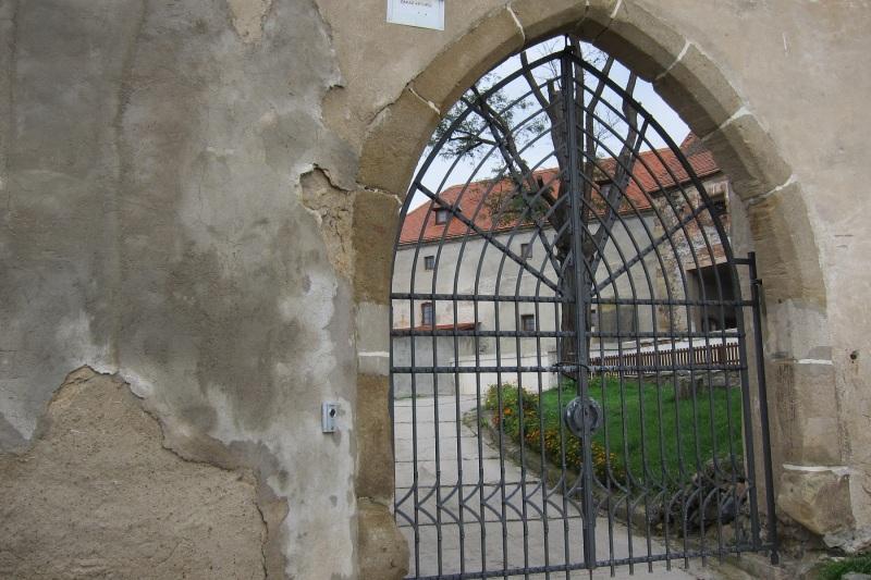 Návštěvu zámku si naplánujte do konce září. Od 1.10. vás přivítá zavřená brána.